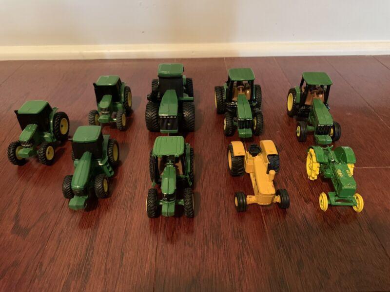 john deere Small toy tractors Metal/plastic