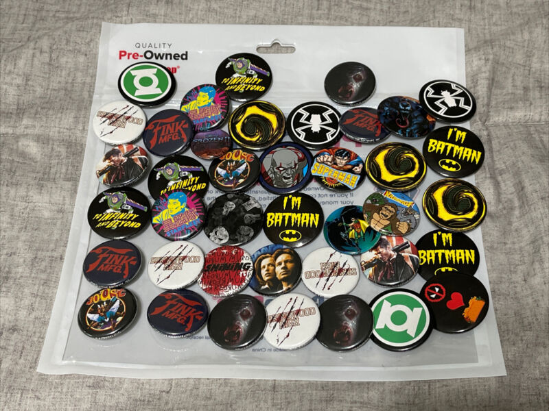 VIDEO GAME MOVIE TV Promo PIN Huge Lot 40 Pins! Batman, Deadpool, Rampage, Joust