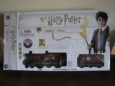 Lionel Harry Potter Hogwarts Express Battery Powered Ready To Play Train Set