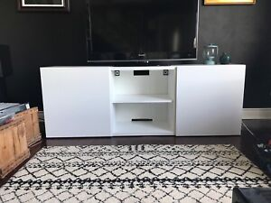 IKEA BESTA MEDIA UNIT