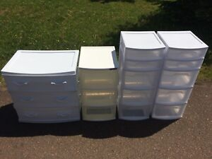 Plastic bin selling all together only  price firm