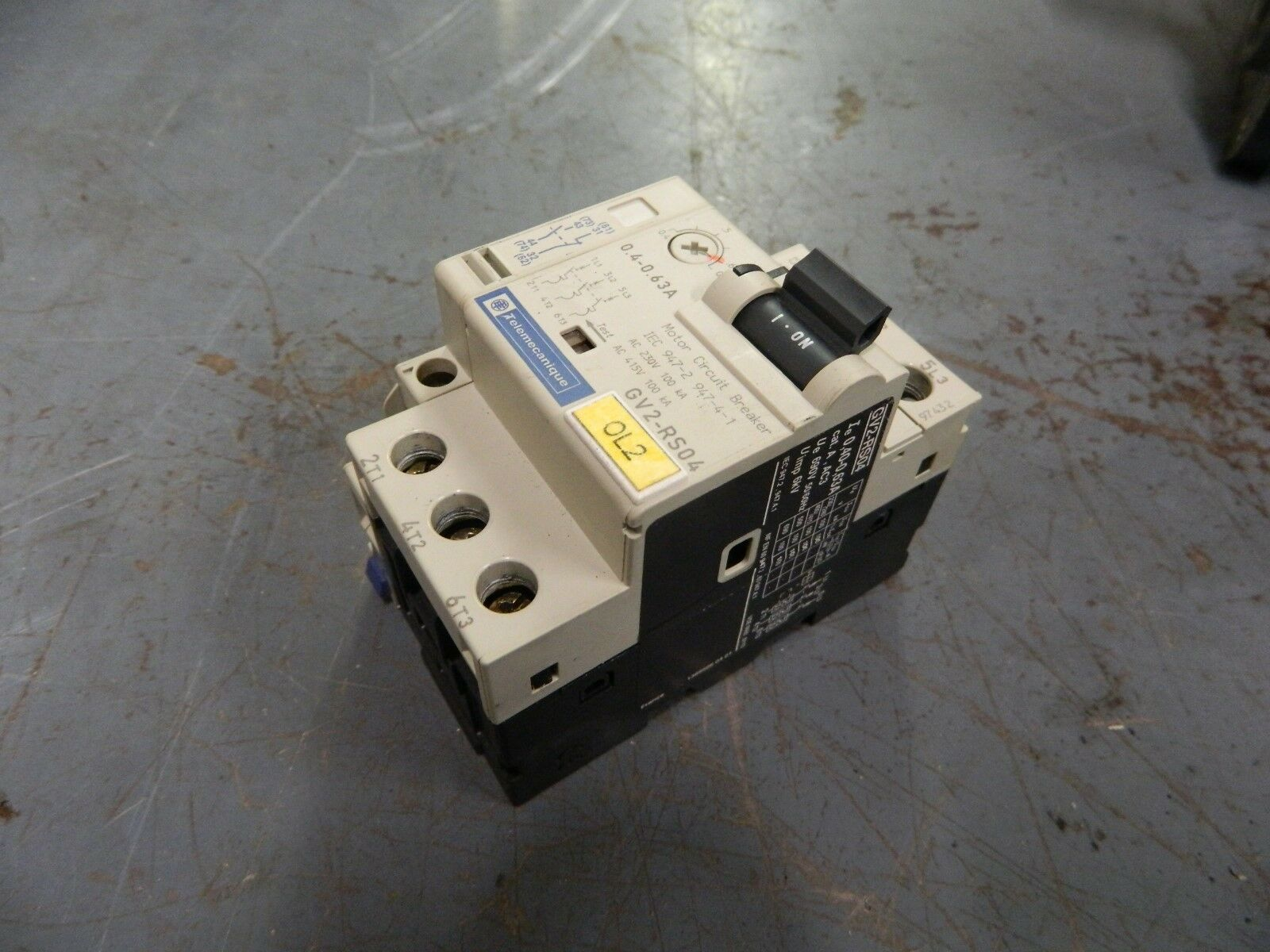 Telemecanique Motor Circuit Breaker, GV2-RS04, 0.4-0.63A, W/ GV2-AN11, Used