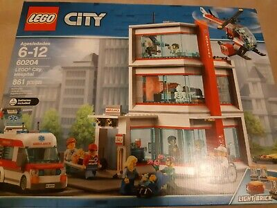 ** New sealed LEGO set 60204 - City Hospital Building Kit