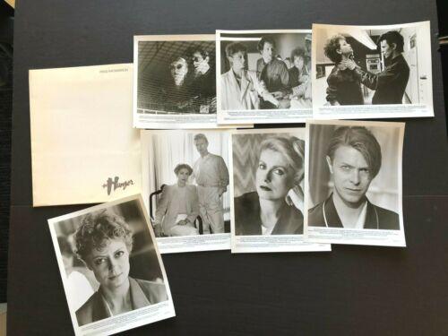 The Hunger (Sarandon, 1983) - Movie Press Kit Envelope w/Press Photos