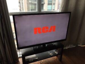 """HD tv 46"""" RCA with remote"""