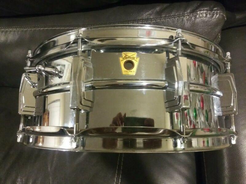 "Vintage 1968 Ludwig Supraphonic Snare LM-400 5""x14"" keystone Badge"