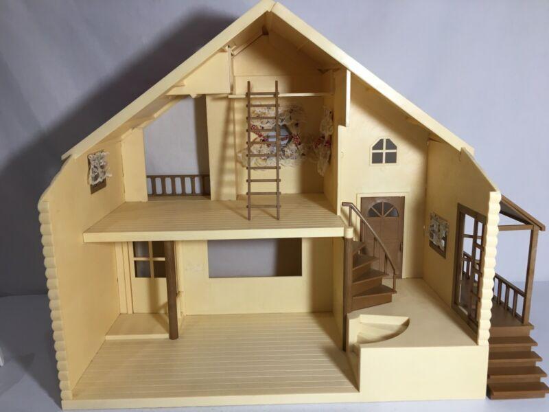 Calico critters/sylvanian families Primrose Lodge House