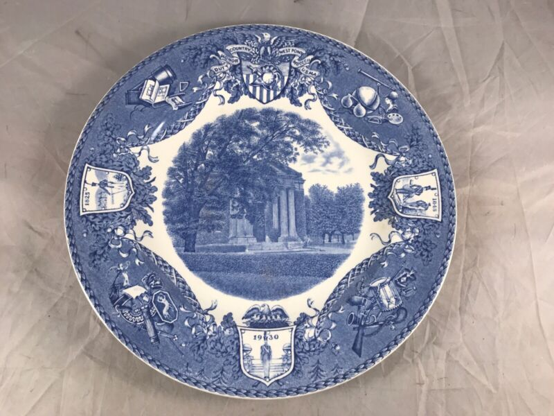1931 WEDGWOOD U.S.M.A. WEST POINT MILITARY ACADEMY PLATE OLD CADET CHAPEL