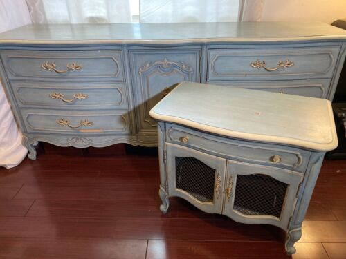Thomasville French Provincial Vintage Dresser and Nightstand In French Blue