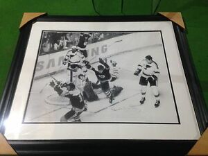 Bobby Orr (flying goal) autographed