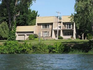 Two or more storey - Notre-Dame-de-l'Île-Perrot - 19434022