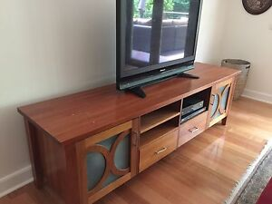 TV unit and coffee table Olinda Yarra Ranges Preview