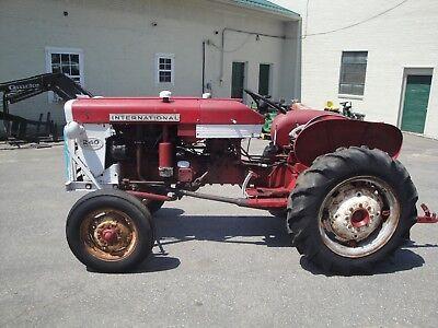 International 240 Utility Tractor Barn Find