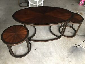 Coffee table and nesting side tables