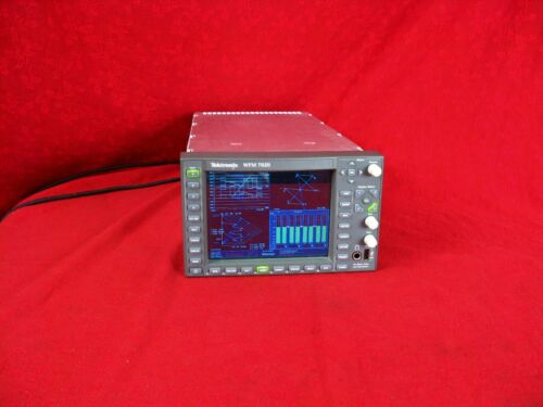 TEKTRONIX WFM 7020 HD HIGH DEF TEST SCOPE OPT: HD AD IN EXCELLENT CONDITION