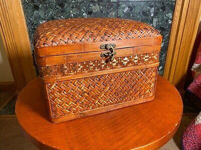 Unique Decor Ratan Wicker Wood Treasure Chest Trunk Storage Box With Latch