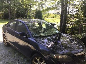 2009 Mazda 3 5 speed for parts or repair