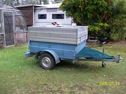 box trailer with canopy Bauple Fraser Coast Preview