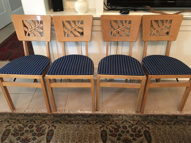 Set of 4 Vintage Stakmore Wooden Padded Folding Chairs Carved Leaf Back