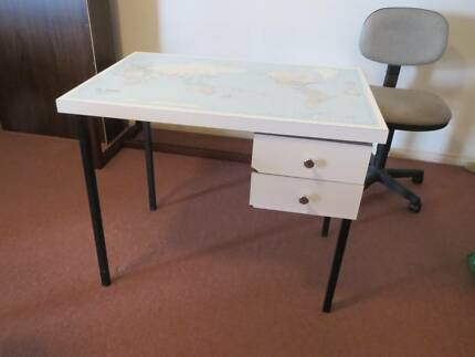 Vintage world map desk desks gumtree australia manly area student desk 2 drawer with world map on top gumiabroncs Gallery