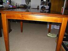 Dining Table Warragul Baw Baw Area Preview