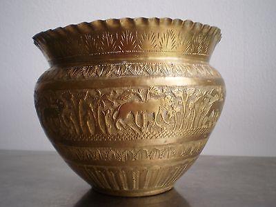 Pot Copper Hammered Antique Carved Carved Oriental Decoration Africa Animals
