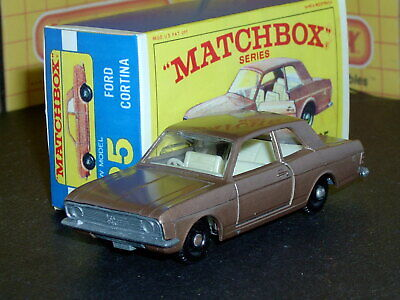Matchbox Lesney Ford Cortina G.T. 25 d1 BPW no rack SC1 VNM & crafted box