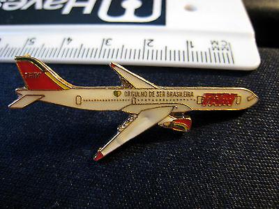 RARE BRASIL TAM AIRPLANE SHAPED METAL PIN BADGE - i1xou11t2rw1