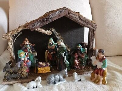 Vintage Sears 11 Piece Nativity Set Hand Painted Porcelain With Stable #3297889