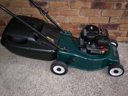 LAWN MOWER REPAIR,SERVICE.NEW and USED 2+4 STROKE PARTS.OIL.