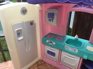 full play Kitchen for kids