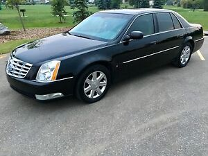 2006 Cadillac DTS fully loaded. (Clean &a low k)