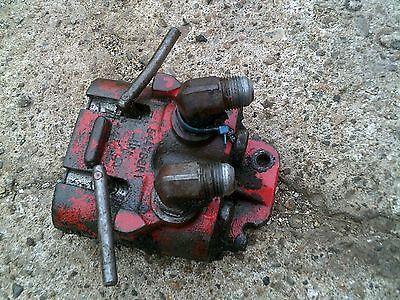 International 1066 966 1086 Tractor Ihc L Hydraulic Outlet Valve Remote Plug Box