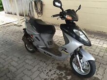 BOLWELL PGO SHARK MOPED (Scooter) 50cc Yorkeys Knob Cairns City Preview