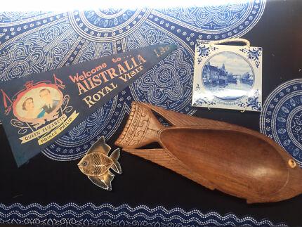 $20 item bundle (wade porcelain, NZ fish, royal visit pennant..)