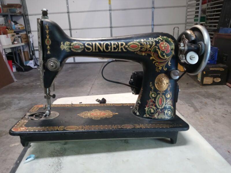 Antique 1910 Singer Model 15  Sewing Machine  G0082552