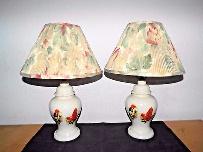 LAMPS A PAIR VINTAGE 3-WAY CERAMIC BIRD THEMED GINGER JAR TABLE LAMPS w/SHADES