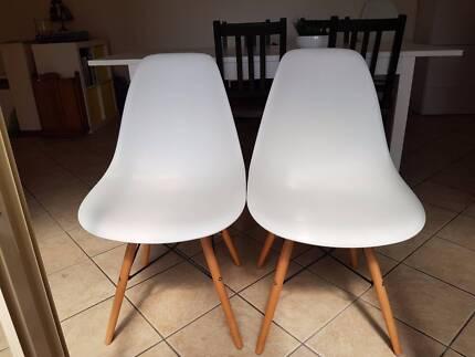 Eames Eiffel wood base replica chairs (2)