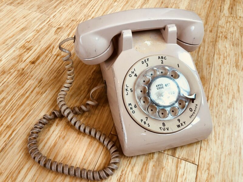 Western Electric Rotary Dial Phone Vintage Pink Salmon Telephone