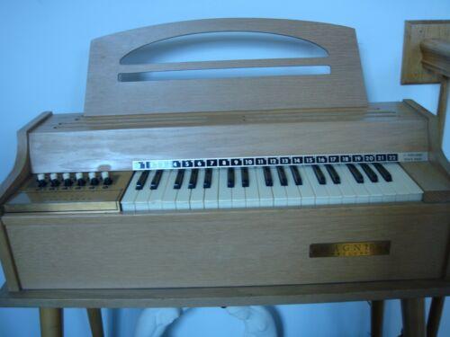 Vintage Magnus Prelude Electric Chord Organ Instrument 1960