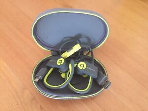 Powerbeats Bluetooth Wireless Headphones (Beats by Dre)
