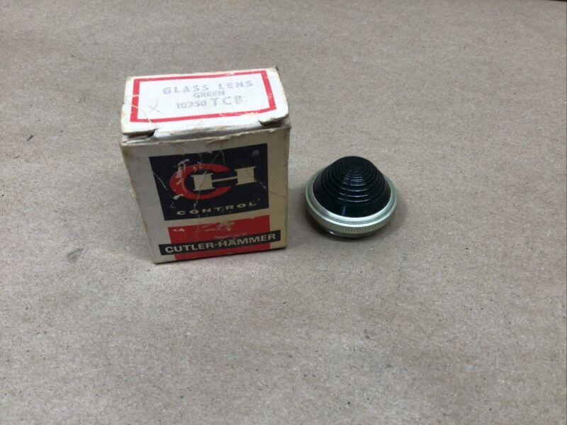 NEW  CUTLER-HAMMER 10250TC8 Green Glass Pilot Light Lens Cap #23I92