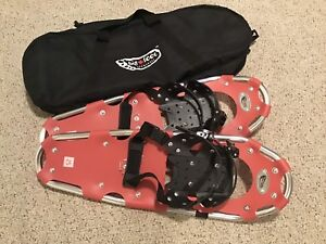 Brand New Big Foot Snowshoes 25's And Carrying Bag