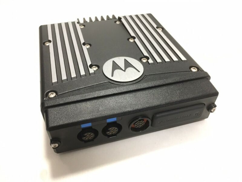 1 Motorola XTL5000 800mhz P25 Radio M20URS9PW1AN Base/ Brick only