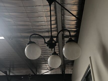 Vogue style light fitting