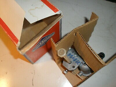Briggs Stratton Gas Engine Carburetor 298986 New Old Stock Vintage