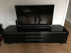 Tv stand brand new in perfect condition need gone asap $275