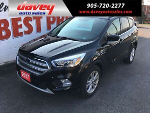 2017 Ford Escape SE 4X4, BACK UP CAMERA AND SENSORS, HEATED S...