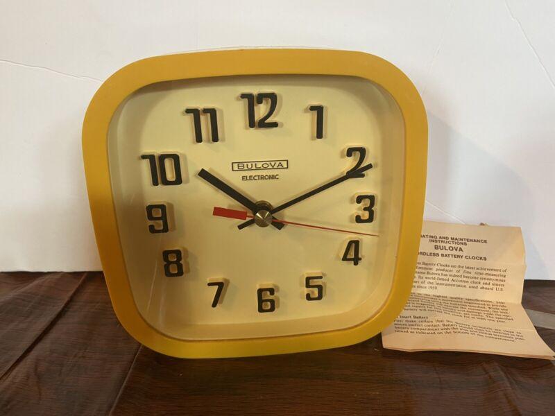 Rare Vtg 1970s Bulova Electronic Clock /Yellow/ Made in Canada / Orig Paperwork
