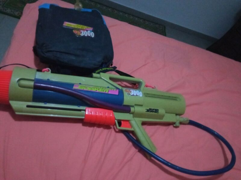 Super Soaker CPS 3000 With Strap and hose Retro Works PreOwned 1997/1998 Laramie